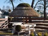 Parasole ogrodowe z trzciny ,meble ogrodowe z bala (strzecha do karczmy ,hotelu, reastauracji,baru,o